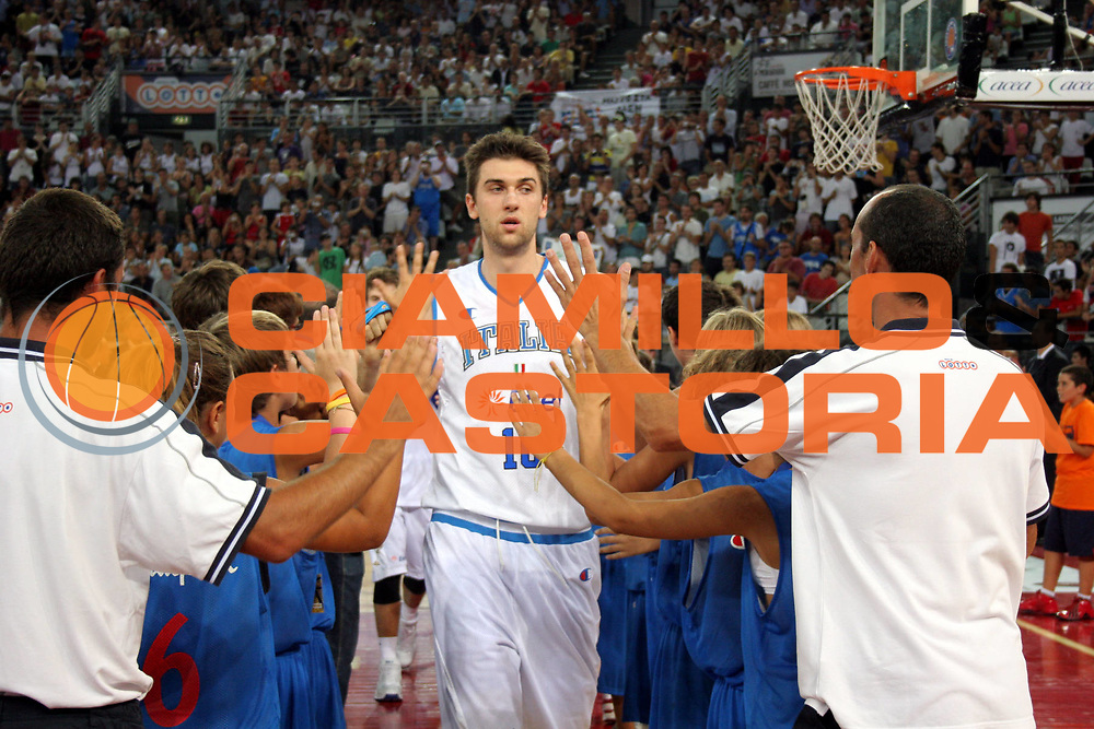 DESCRIZIONE : Roma Amichevole preparazione Eurobasket 2007 Italia Grecia <br />GIOCATORE : Andrea Bargnani<br />SQUADRA : Nazionale Italia Uomini <br />EVENTO : Amichevole preparazione Eurobasket 2007 Italia Grecia <br />GARA : Italia Grecia <br />DATA : 30/08/2007 <br />CATEGORIA : Ritratto<br />SPORT : Pallacanestro <br />AUTORE : Agenzia Ciamillo-Castoria/G.Ciamillo