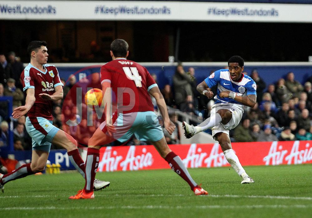 Leroy Fer of Queens Park Rangers shoots - Mandatory byline: Robbie Stephenson/JMP - 12/12/2015 - Football - Loftus Road - London, England - Queens Park Rangers v Burnley  - Sky Bet Championship