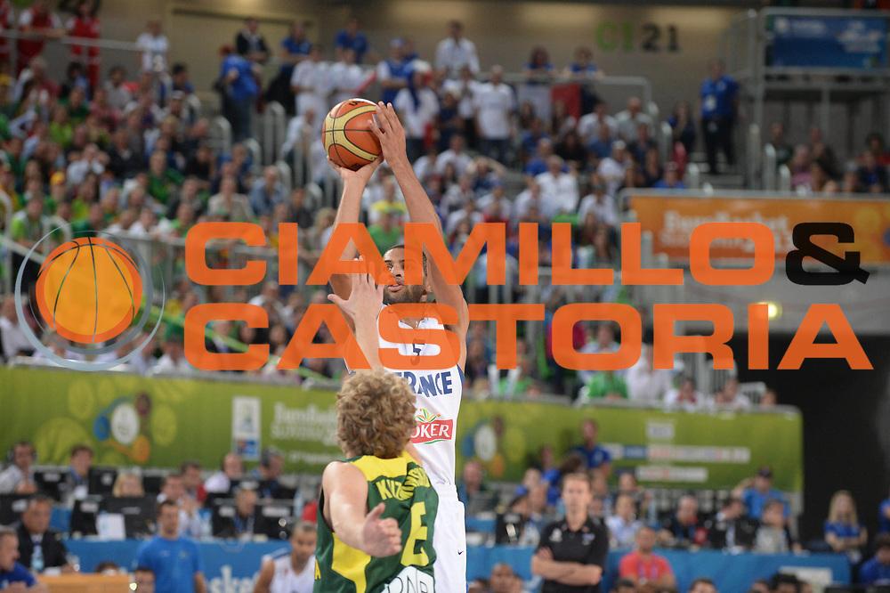DESCRIZIONE : Lubiana Ljubliana Slovenia Eurobasket Men 2013 Finale Final Francia France Lituania Lithuania<br /> GIOCATORE : Nicolas Batum<br /> CATEGORIA : tiro shot<br /> SQUADRA : Francia France<br /> EVENTO : Eurobasket Men 2013<br /> GARA : Francia France Lituania Lithuania<br /> DATA : 22/09/2013 <br /> SPORT : Pallacanestro <br /> AUTORE : Agenzia Ciamillo-Castoria/M.Ceretti<br /> Galleria : Eurobasket Men 2013<br /> Fotonotizia : Lubiana Ljubliana Slovenia Eurobasket Men 2013 Finale Final Francia France Lituania Lithuania<br /> Predefinita :