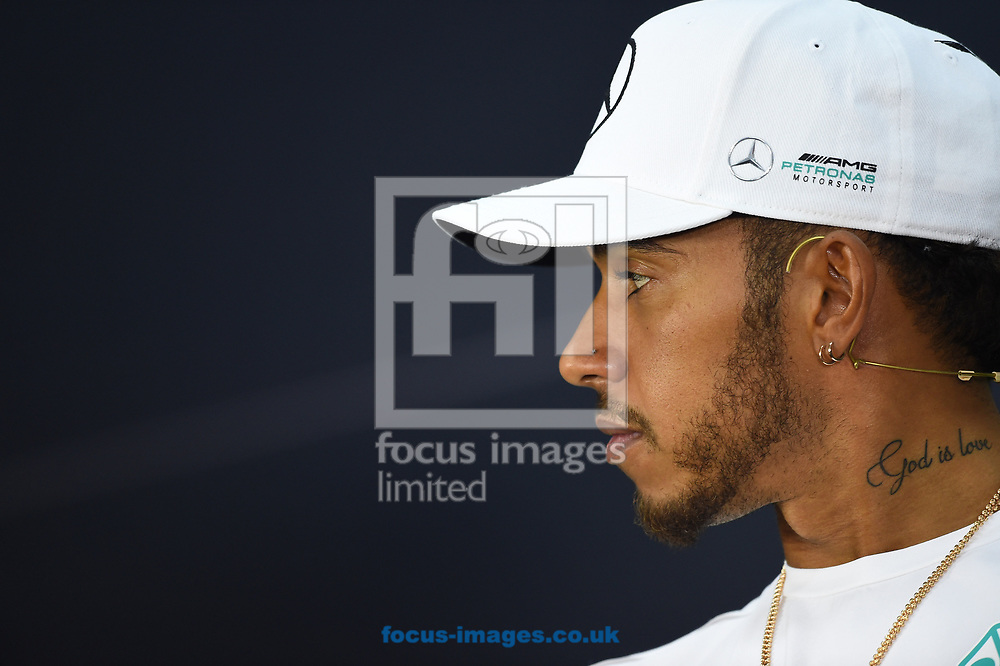 Lewis Hamilton of Mercedes AMG Petronas in a press conference during the Bahrain Formula One Grand Prix Preparations at the International Circuit, Sakhir<br /> Picture by EXPA Pictures/Focus Images Ltd 07814482222<br /> 13/04/2017<br /> *** UK &amp; IRELAND ONLY ***<br /> <br /> EXPA-EIB-170413-0096.jpg
