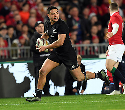 Anton Lienert-Brown of New Zealand makes a break against the Lions in the third International rugby test match between the the New Zealand All Blacks and British and Irish Lions at Eden Park, Auckland, New Zealand, Saturday, July 08, 2017. Credit:SNPA / Ross Setford  **NO ARCHIVING""