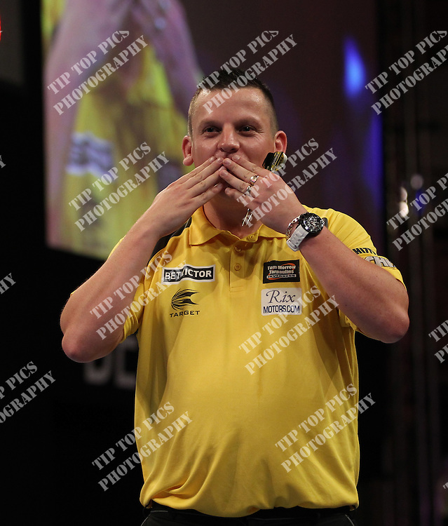 PDC WORLD MATCHPLAY 2014,2nd ROUND,DAVE CHISNELL  ,PIC CHRIS SARGEANT,<br /> TIPTOPPICS