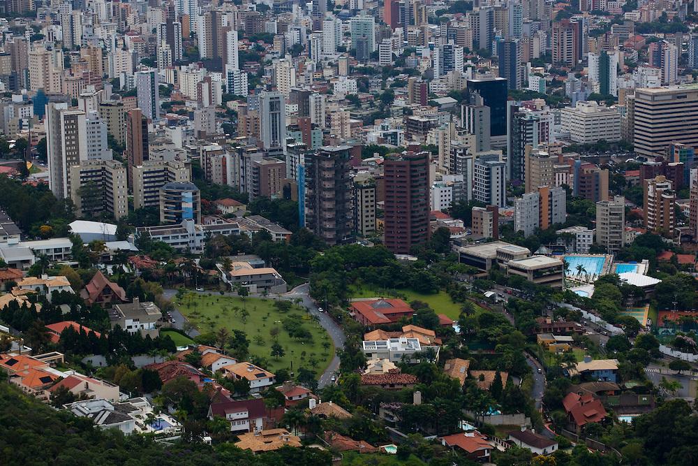 Belo Horizonte_MG, Brasil...Vista panoramica de Belo Horizonte, Minas Gerais...The panoramic view of Belo Horizonte, Minas Gerais...Foto: BRUNO MAGALHAES / NITRO
