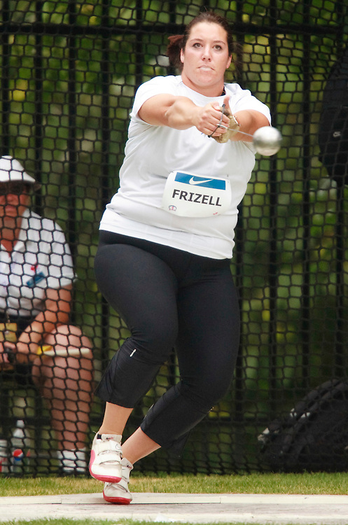 Toronto, Ontario ---10-07-31--- Sultana Frizell competes in the hammer throw at the 2010 Canadian Track and Field Championships in Toronto, Ontario July 31, 2010.<br />  GEOFF ROBINS/Mundo Sport Images