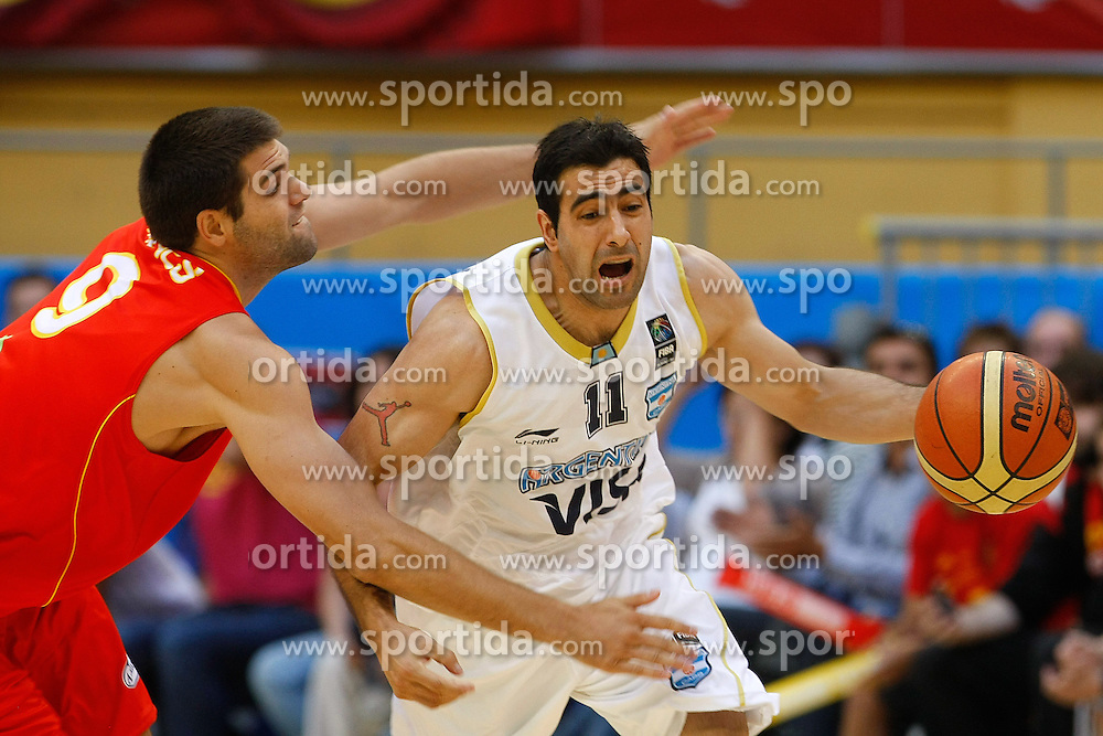 15.08.2010, Logroo, ESP, Friendly Basketball LS, Spain vs Argentia, im Bild Argentina's Paolo Quinteros (r) and Spain's Felipe Reyes during Friendly match. EXPA Pictures © 2010, PhotoCredit: EXPA/ Alterphotos/ Acero +++++ ATTENTION - OUT OF SPAIN +++++