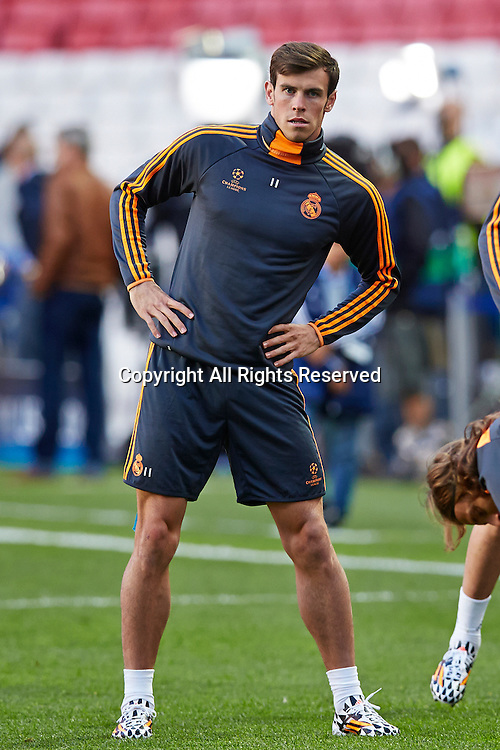 23.05.2014, Lisbon, Portugal. Midfielder Gareth Bale of Real Madrid stretches during the Real Madrid training session prior to the UEFA Champions League final between Real Madrid and Atletico Madrid at Sport Lisboa e Benfica Stadium, Lisbon, Portugal