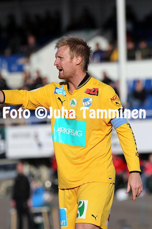 22.4.2012, Tehtaan kentt, Valkeakoski..Veikkausliiga 2012..FC Haka - IFK Mariehamn..Jani Lyyski - IFK Mhamn