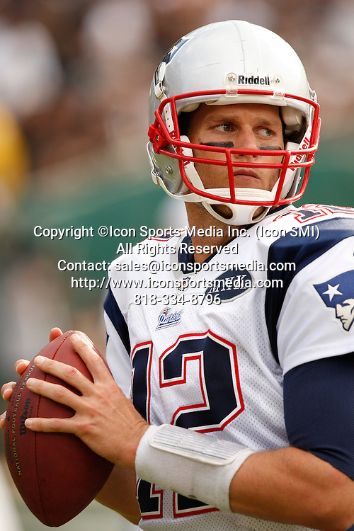 02 Octoboer 2011:  New England quarterback Tom Brady performs during action between the Oakland Raiders and the Patriots at McAfee Coliseum in Oakland, CA. The Pats won 31-19.