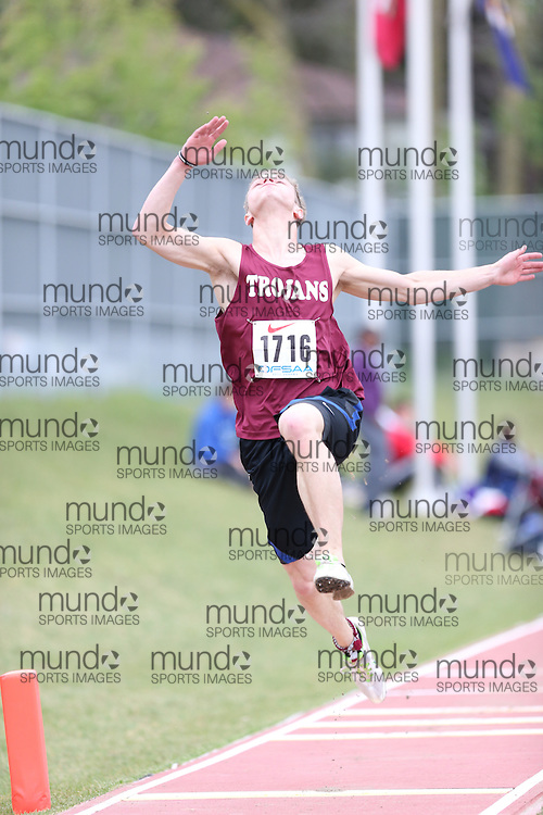 John Omejaniuk of Sir W Churchill CVI - Thun Bay competes in the senior boys long jump at the 2013 OFSAA Track and Field Championship in Oshawa Ontario, Thursday,  June 6, 2013.<br /> Mundo Sport Images / Sean Burges