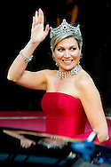 14-05-2014 AMSTERDAM - King Willem-Alexander and Maxima Queen received Wednesday May 14, 2014 the Diplomatic Corps for the annual gala dinner. The dinner will be held at the Royal Palace in Amsterdam COPYRIGHT ROBIN UTRECHT