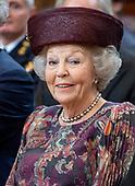 Prinses Beatrix aanwezig bij symposium Koninkrijksdag
