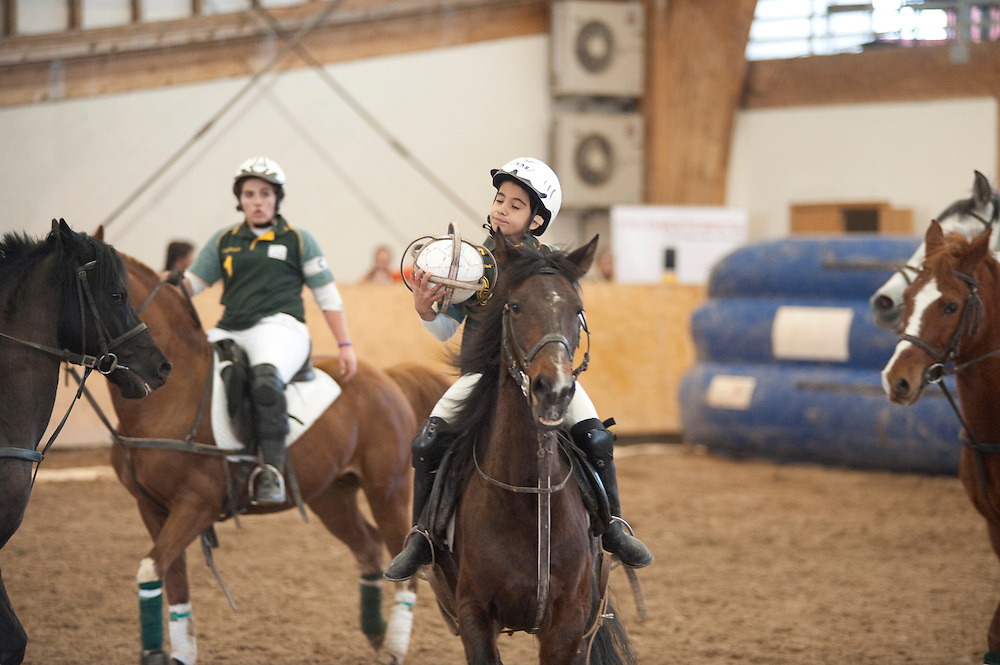 Campeonato Nacional de Horseball, 2010. During the first leg of the Portuguese Horseball Championships.