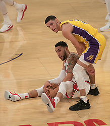 November 21, 2017 - Los Angeles, California, United States of America - Lonzo Ball #2 of the Los Angeles Lakers and Denzel Valentine #45 of the Chicago Bulls battle for the ball during their game on Tuesday November 21, 2017 at the Staples Center in Los Angeles, California. Lakers defeat Bulls, 103-94. JAVIER ROJAS/PI (Credit Image: © Prensa Internacional via ZUMA Wire)