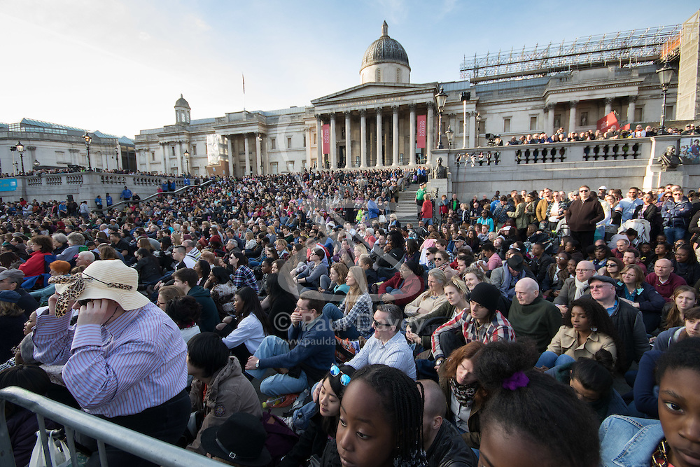 Trafalgar Square, London, March 25th 2016. Thousands of Londoners an tourists in Trafalgar Square are treated to The Passion of Jesus, a re-enactment of the events leading up to the crucifixion and resurrection of Jesus Christ. PICTURED: Part of the crowd watching the performance. <br /> ©Paul Davey<br /> FOR LICENCING CONTACT: Paul Davey +44 (0) 7966 016 296 paul@pauldaveycreative.co.uk