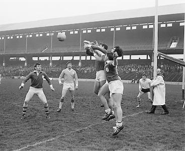 28.02.1971 Football Railway Cup Semi. Munster Vs Ulster