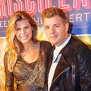 NLD/Amsterdam20151111 - Premiere Priscilla, Queen of the Desert, zwangere Kim Kötter en partner Jaap Reesema