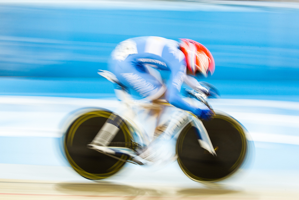 Christina Greve of Argentina competes in the women's cycling omnium flying lap at the 2015 Pan American Games in Toronto, Canada, July 19,  2015.  AFP PHOTO/GEOFF ROBINS