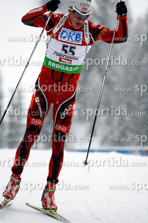 15.12.2011, Biathlonzentrum, Hochfilzen, AUT, E.ON IBU Weltcup, 3. Biathlon, Hochfilzen, Sprint Maenner, im Bild Tarjei Boe (NOR) // during Sprint men E.ON IBU World Cup 3th Biathlon, Hochfilzen, Austria on 2011/12/15. EXPA Pictures © 2011, PhotoCredit: EXPA/ Oskar Hoeher