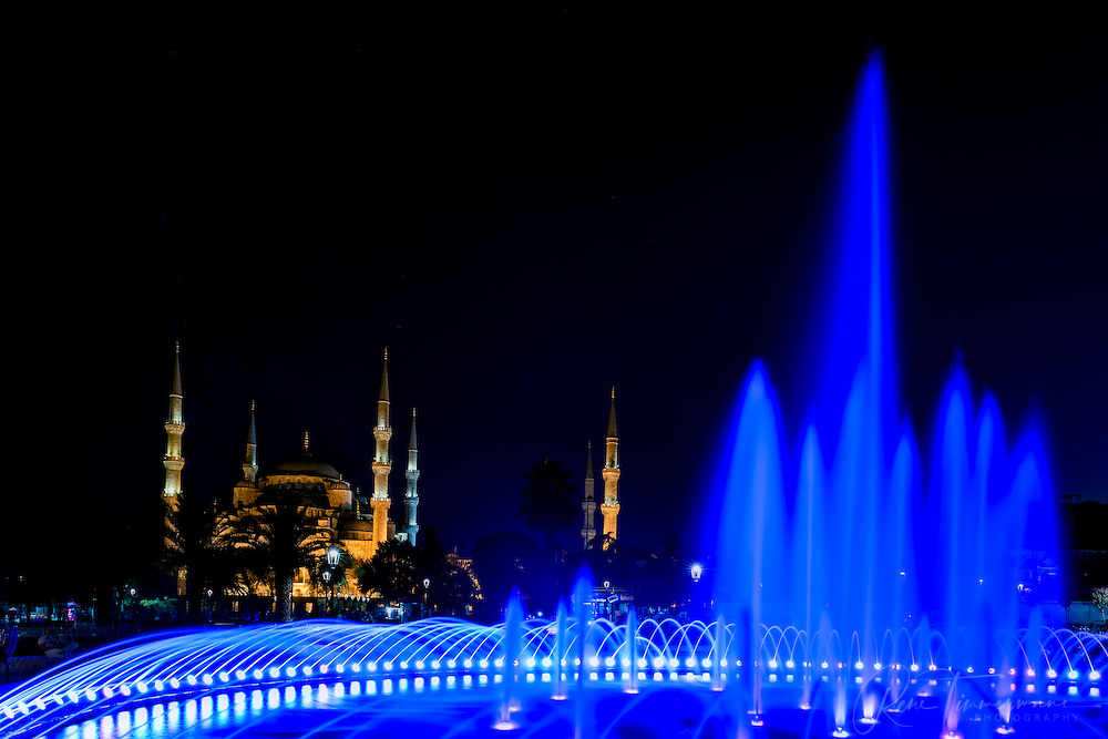 Sultan Ahmed Mosque (The Blue Mosque) at night