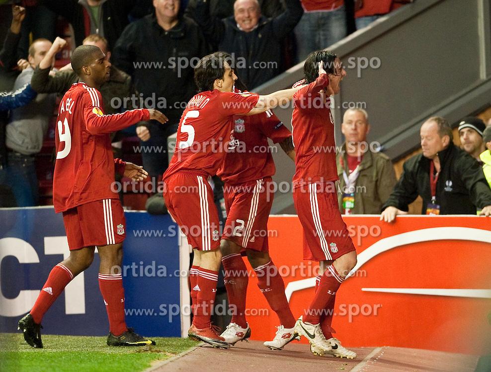 29.04.2010, Anfield, Liverpool, ENG, UEFA EL, Liverpool FC vs Atletico Madrid im Bild Liverpool's Alberto Aquilani feiert das Tor zum 1 zu 0, EXPA Pictures © 2010, PhotoCredit: EXPA/ Propaganda/ D. Rawcliffe