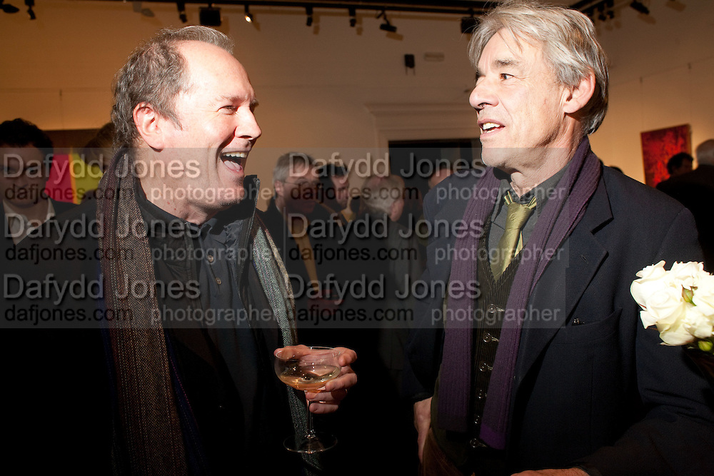 WILLIAM BOYD; ROGER LLOYD-PACK, Preview of  Lord and Lady Attenborough art works  at Sotheby&Otilde;s. Donation from the evening to be made to RADA. New Bond St. London. 9 November 2009<br /> WILLIAM BOYD; ROGER LLOYD-PACK, Preview of  Lord and Lady Attenborough art works  at Sotheby&rsquo;s. Donation from the evening to be made to RADA. New Bond St. London. 9 November 2009