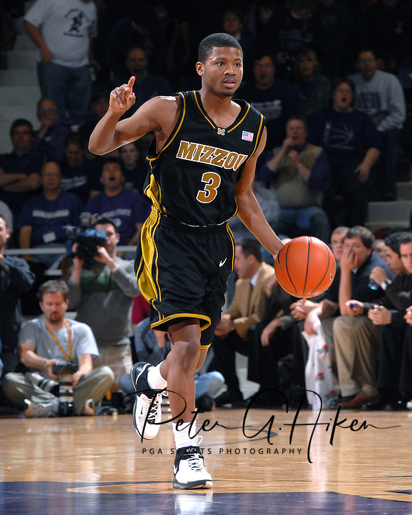 Missouri guard Stefhon Hannah brings the ball up court during the first half against Kansas State at Bramlage Coliseum in Manhattan, Kansas, January 31, 2007.  K-State beat Missouri 80-73.