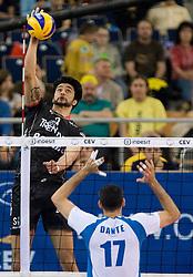 02-05-2010 VOLLEYBAL: FINAL 4 CHAMPIONS LEAGUE: LODZ<br /> Dinamo Moscow (RUS) vs Trentino BetClic (ITA), im Bild Neves Leandro Vissotto of Trentino at  final match<br /> ©2010- FRH nph / Vid Ponikvar