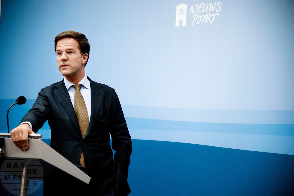 Premier Mark Rutte tijdens de wekelijkse persconferentie in Nieuwspoort.<br /> <br /> The Dutch prime minister Mark Rutte at his weekly press conference.