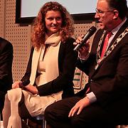 NLD/Rotterdam/20110202 - Boekpresentatie Mr. Finney door pr. Laurentien, VN Jongerenvertegenwoordiger Michaela Hoogenboom en Achmed Aboutaleb