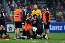 Billy Vunipola of Saracens is treated for a knock early in the match - Photo mandatory by-line: Patrick Khachfe/JMP - Mobile: 07966 386802 03/01/2015 - SPORT - RUGBY UNION - London - Allianz Park - Saracens v London Irish - Aviva Premiership