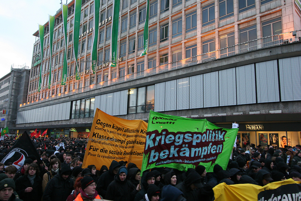 "Serveral thousend people demonstrate in Munich against the 45. ""Munich Security Conference"". They demanded the withdrawal of the troops from Afghanistan and expressed their displeasure about the NATO and its policy."