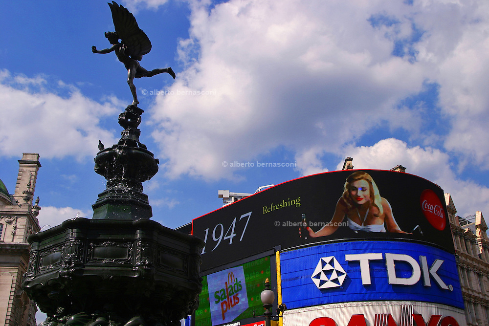 England, London:the staue of Eros at Piccadilly Circus