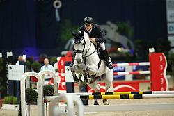 Rhomberg Christian, (AUT), Saphyr Des Lacs<br /> Klassik Radio Preis Jumping München 2015<br /> © Hippo Foto - Stefan Lafrentz