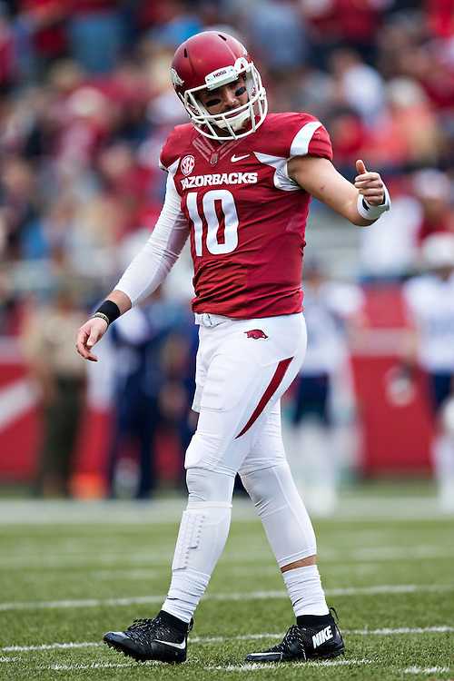 FAYETTEVILLE, AR - OCTOBER 31:  Brandon Allen #10 of the Arkansas Razorbacks looks to the sidelines during a game against the UT Martin Skyhawks at Razorback Stadium on October 31, 2015 in Fayetteville, Arkansas.  The Razorbacks defeated the Skyhawks 63-28.  (Photo by Wesley Hitt/Getty Images) *** Local Caption *** Brandon Allen