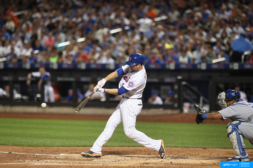 NEW YORK, NEW YORK - June 21: Neil Walker #20 of the New York Mets batting during the Kansas City Royals Vs New York Mets regular season MLB game at Citi Field on June 21, 2016 in New York City. (Photo by Tim Clayton/Corbis via Getty Images)