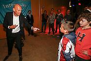 WILLEM II BUSINESS RUIMTES<br /> Sfeer Willem II stadion horeca horeca sponsoren businessruimte diner sfeer borrel tribune<br /> Trainer/Coach Jurgen STREPPEL van Willem II