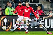 ALKMAAR - 26-11-15, Europa League, AZ  - FK Partizan, AFAS Stadion, 1-2, AZ speler Vincent Janssen, Partizan speler Bandalovski
