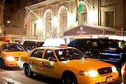 New York, New York. Etats Unis. 18 Decembre 2010.L'hotel Pierre (5eme Avenue et 60th Street)..New York, New York. United States. December 18th 2010.The Pierre Hotel (5th Avenue and 60th Street).