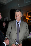 WILLIAM SHAWCROSS, Diana Donovan, Olga Polizzi, Stuart Johnson host a cocktail reception to celebrate the publication of a Monograph of the Donovan Bar Photographs in the Donovan Bar at Brown's Hotel. Albermarle St. London. 8 September 2009.