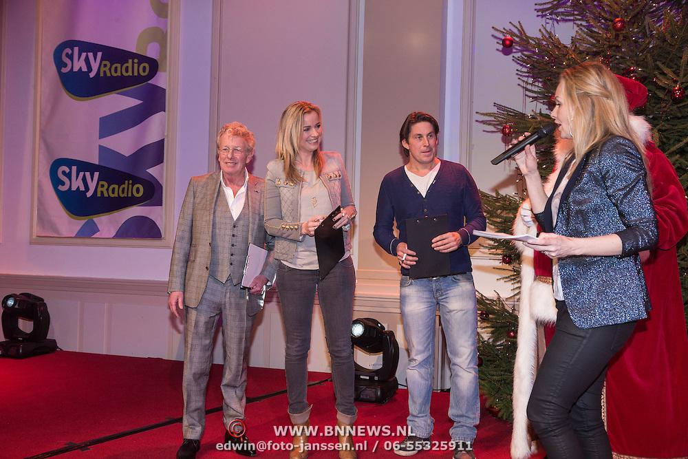 NLD/Hilversum /20131210 - Sky Radio Christmas Tree For Charity 2013, jury, Jan des Bouvrie, Daphne Lammers en Lodewijk Hoekstra