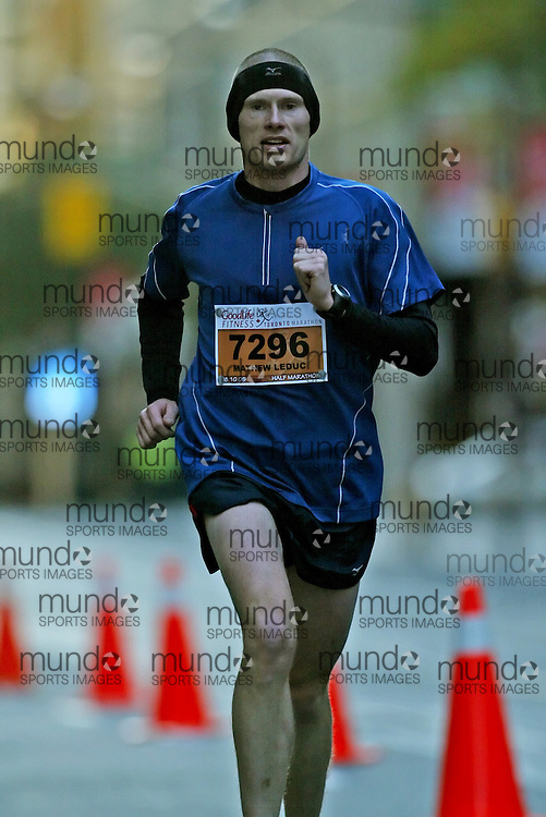 "(Toronto, Ontario -- 18 Oct 2009) MATHEW LEDUC runs in the Goodlife Fitness Toronto Half-Marathon. [Photo credit should read ""Sean Burges / Mundo Sport Images""]"