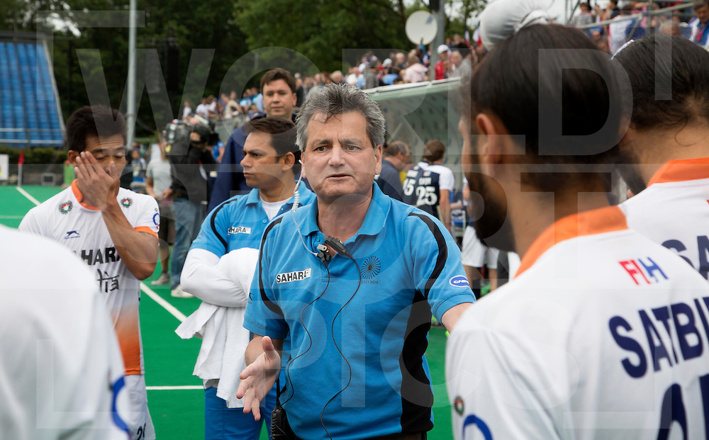 BRASSCHAAT (ANTWERP - Belgium) -  Dutch Paul van Ass, coach from India  during the Fintro Hockey World League Semi-Final match between the men of India and France (3-2) COPYRIGHT WORLDSPORTPICS KOEN SUYK