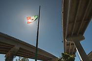 """hicano Park ist ein Park rund um die San Diego-Coronado Bridge in Barrio Logan, Kalifornien. Der Park bedeckt eine Fläche von 7,9 Acres (3 ha) und wird überwiegend von mexikanischen Amerikanern und mexikanischen Immigranten von San Diego genutzt. Im Park befindet sich die größte Sammlung von Freiluft-Wandmalereien (72 """"Murals"""") im Land."""