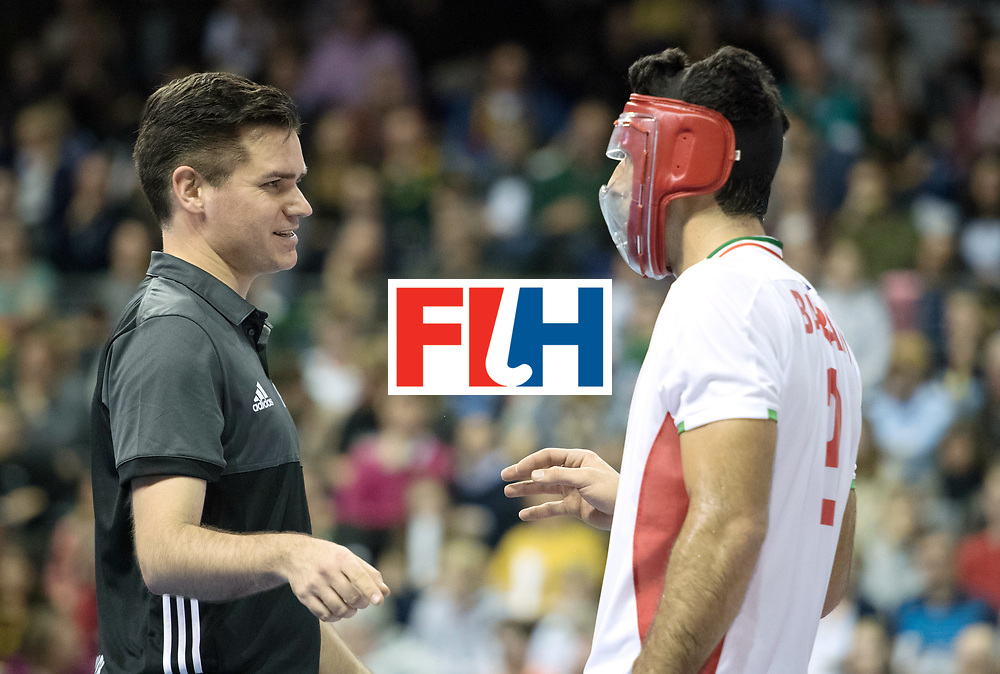 BERLIN - Indoor Hockey World Cup<br /> Bronze: Iran - Australia<br /> foto: Umpire Ben Goentgen talks with Yaghoub Bahrami <br /> WORLDSPORTPICS COPYRIGHT FRANK UIJLENBROEK
