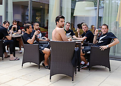 27.05.2010, Hotel Lamprechterhof, St. Lamprecht, AUT, FIFA Worldcup Vorbereitung, Neuseeland, im Bild die Spieler bereiten sich auf das Training vor, EXPA Pictures © 2010, PhotoCredit: EXPA/ S. Zangrando / SPORTIDA PHOTO AGENCY