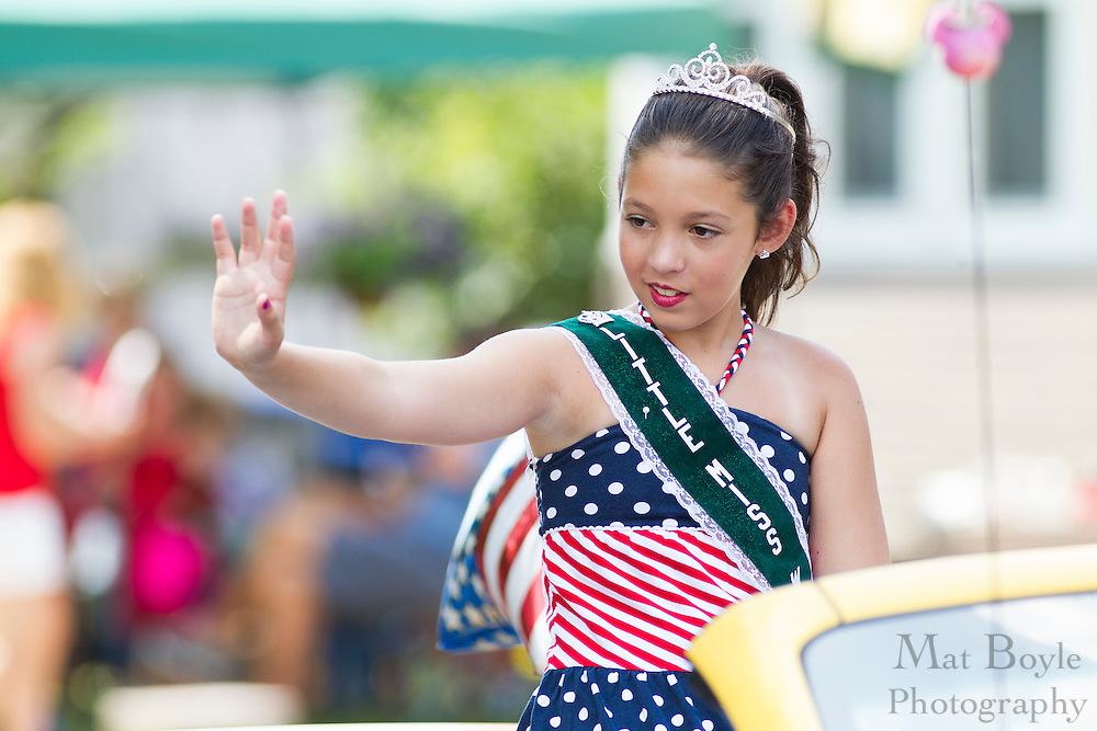 Little Miss West Deptford Township Madelyn Shiver: Pitman 4th of July Parade down Broadway in Pitman NJ on Wednesday July 4, 2012. (photo / Mat Boyle)