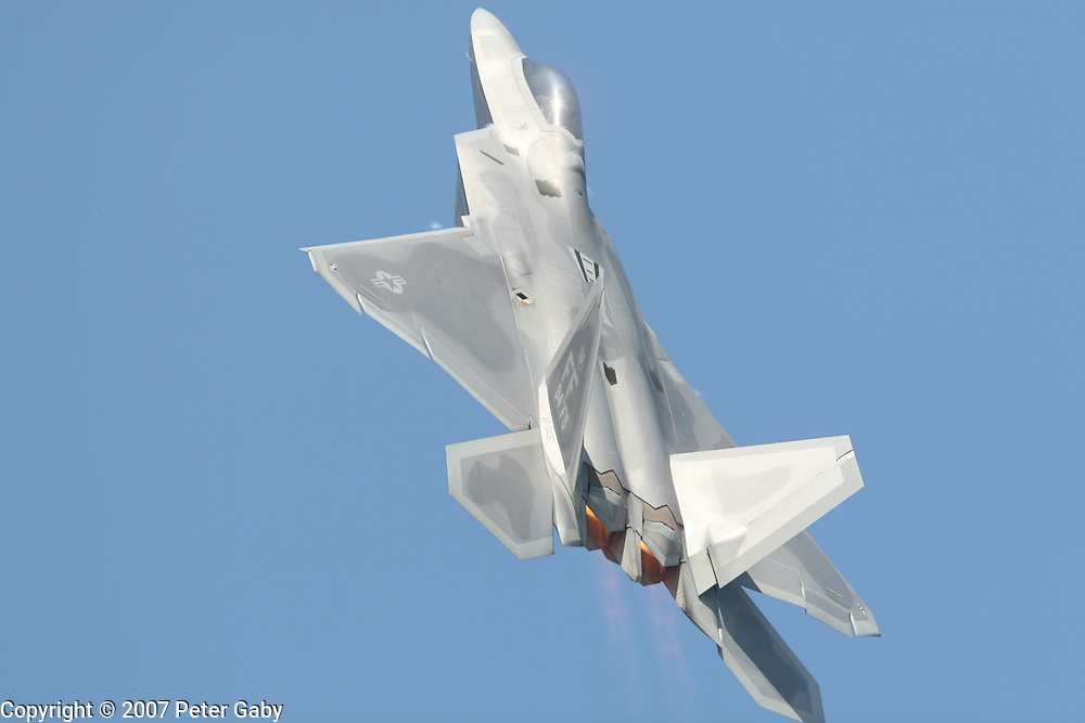 F-22 Raptor at the 2007 EAA Airventure show in Oshkosh, WI.