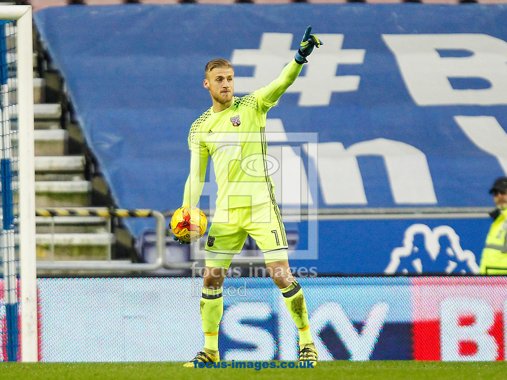 Daniel Bentley of Brentford during the Sky Bet Championship match between Wigan Athletic and Brentford at the DW Stadium, Wigan<br /> Picture by Mark D Fuller/Focus Images Ltd +44 7774 216216<br /> 21/01/2017