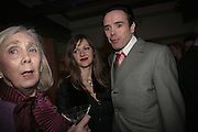 Valerie Walmsley-Hunter, Rachel 2 and Sebastian Horsley,  Book launch for ' What Did I Do last night' by Tom Sykes. Century Club. Shaftesbury Ave. London. 16 January 2006. -DO NOT ARCHIVE-© Copyright Photograph by Dafydd Jones. 248 Clapham Rd. London SW9 0PZ. Tel 0207 820 0771. www.dafjones.com.