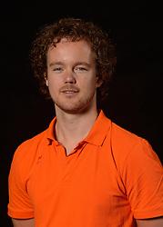 25-06-2013 VOLLEYBAL: NEDERLANDS VROUWEN VOLLEYBALTEAM: ARNHEM<br /> Selectie Oranje vrouwen seizoen 2013-2014 / Videoscout Bram Leijssenaar<br /> ©2013-FotoHoogendoorn.nl